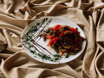 М'ясо з овочами